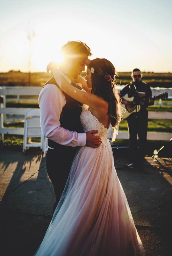 Bohemian-Iowa-Wedding-at-The-Rustic-Rose-Barn-Amanda-Basteen-45