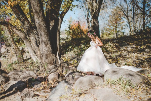 Bohemian-Iowa-Wedding-at-The-Rustic-Rose-Barn-Amanda-Basteen-7