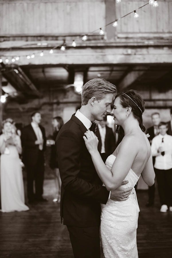 Bohemian-Meets-Industrial-NYC-Wedding-Greenpoint-Loft-Lindsey-M-Events-28