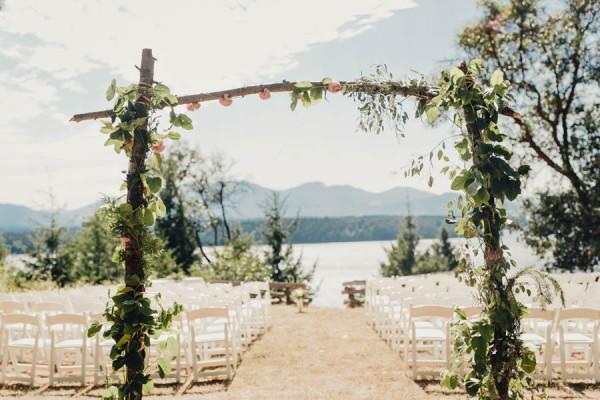 Boho-Cabin-Wedding-Bodega-Ridge-Taylor-Roades-11