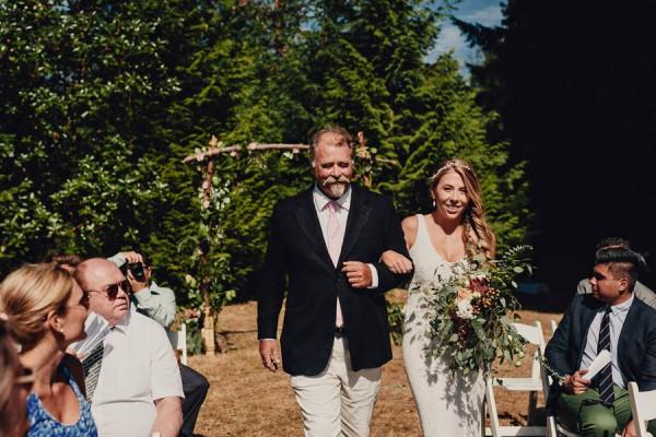 Boho-Cabin-Wedding-Bodega-Ridge-Taylor-Roades-12