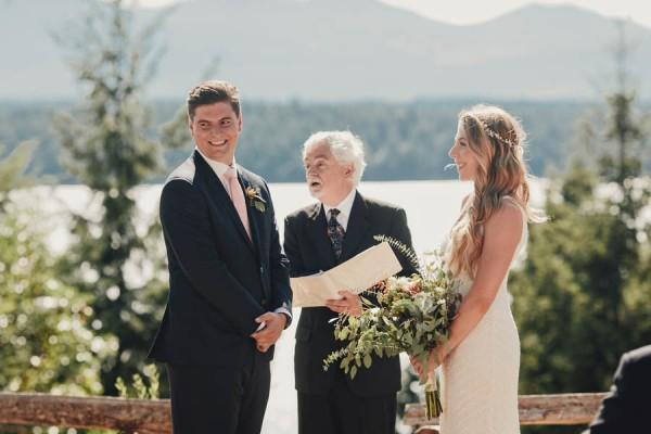 Boho-Cabin-Wedding-Bodega-Ridge-Taylor-Roades-15