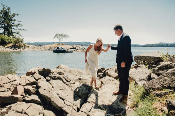 Boho-Cabin-Wedding-Bodega-Ridge-Taylor-Roades-5
