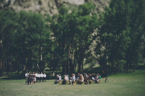 Casual-Colorado-Wedding-at-Bighorn-Lodge-This-is-Feeling-15