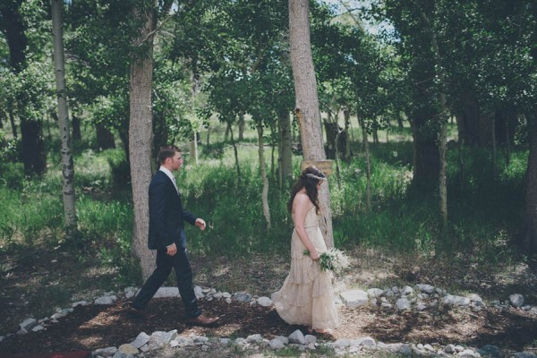 Casual-Colorado-Wedding-at-Bighorn-Lodge-This-is-Feeling-21