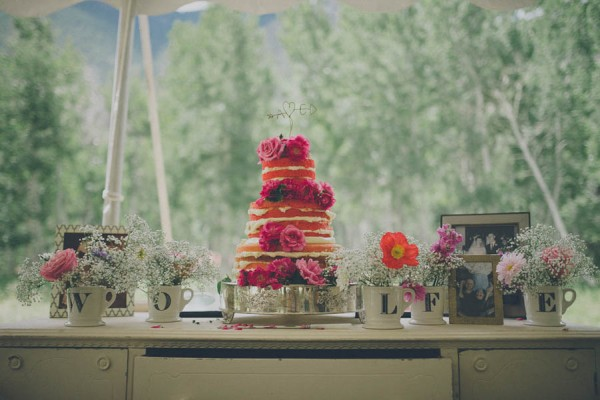Casual-Colorado-Wedding-at-Bighorn-Lodge-This-is-Feeling-25