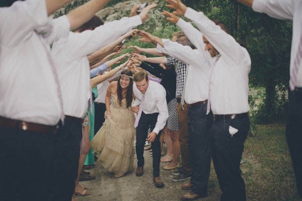 Casual-Colorado-Wedding-at-Bighorn-Lodge-This-is-Feeling-31