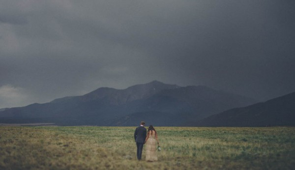Casual-Colorado-Wedding-at-Bighorn-Lodge-This-is-Feeling-33