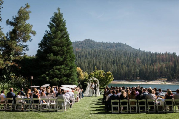 Chic-Blue-and-White-Wedding-Overlooking-Bass-Lake-Tim-and-Jess-Photography-23