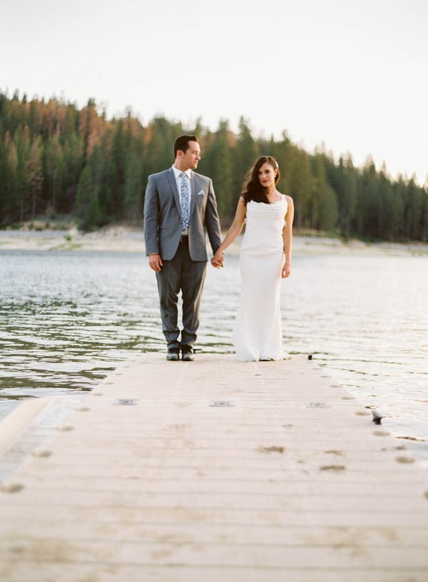 Chic-Blue-and-White-Wedding-Overlooking-Bass-Lake-Tim-and-Jess-Photography-42