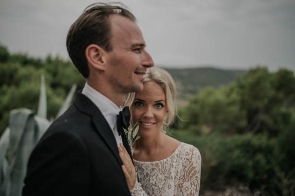 Chic-Rustic-Croatian-Wedding-at-Fort-George-Irina-Matej-Weddings-14