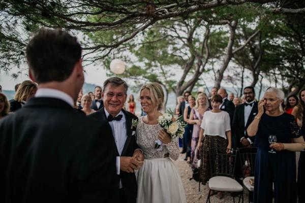 Chic-Rustic-Croatian-Wedding-at-Fort-George-Irina-Matej-Weddings-5