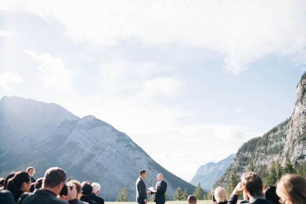 Earthy-Tunnel-Mountain-Reservoir-Wedding-Heart-and-Sparrow-Photography-13