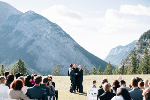 Earthy-Tunnel-Mountain-Reservoir-Wedding-Heart-and-Sparrow-Photography-15