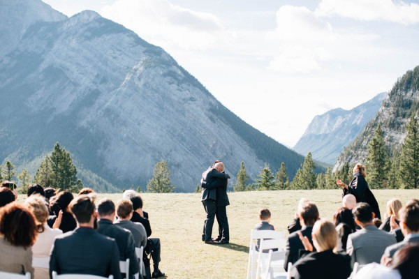 Earthy-Tunnel-Mountain-Reservoir-Wedding-Heart-and-Sparrow-Photography-17