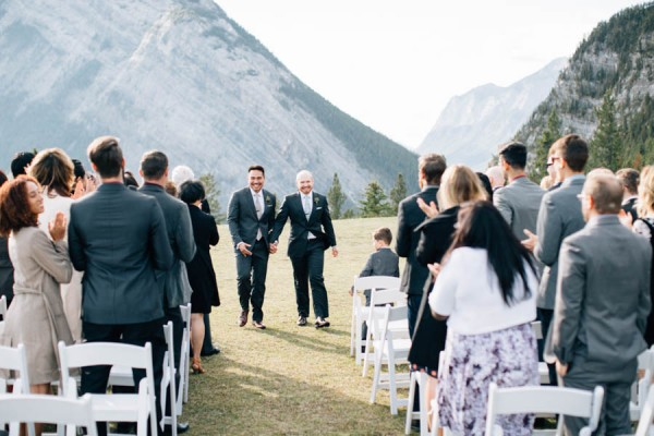 Earthy-Tunnel-Mountain-Reservoir-Wedding-Heart-and-Sparrow-Photography-18