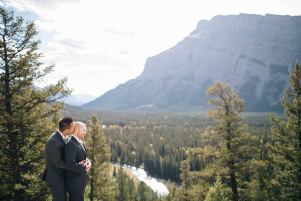Earthy-Tunnel-Mountain-Reservoir-Wedding-Heart-and-Sparrow-Photography-19