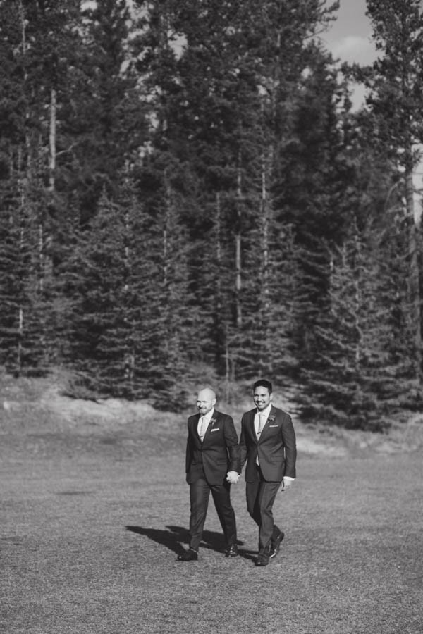 Earthy-Tunnel-Mountain-Reservoir-Wedding-Heart-and-Sparrow-Photography-5