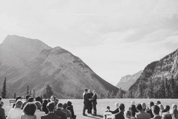 Earthy-Tunnel-Mountain-Reservoir-Wedding-Heart-and-Sparrow-Photography-8