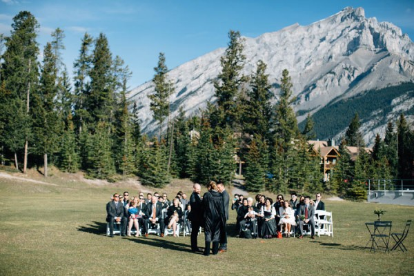 Earthy-Tunnel-Mountain-Reservoir-Wedding-Heart-and-Sparrow-Photography-9