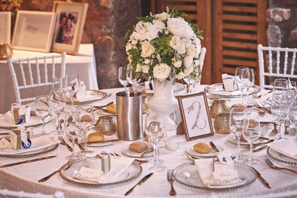 Elegant-Destination-Wedding-Santorini-Jules-Bower-28