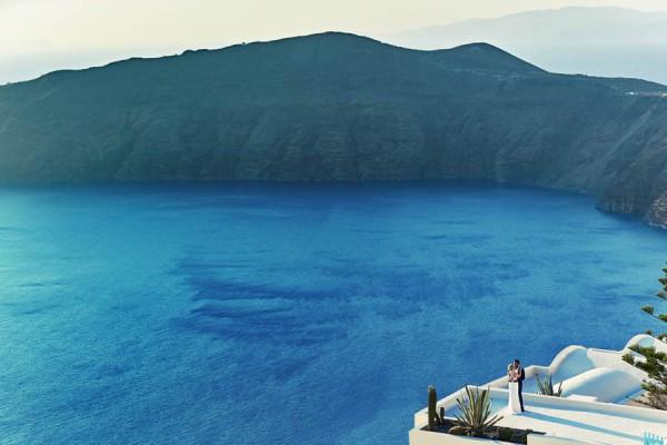 Elegant-Destination-Wedding-Santorini-Jules-Bower-9