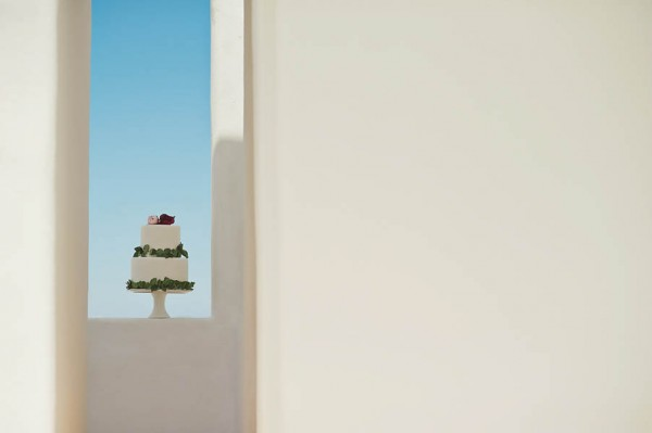 Glamorous-Santorini-Wedding-at-the-Anastasi-Church-Thanasis-Kaiafas-1