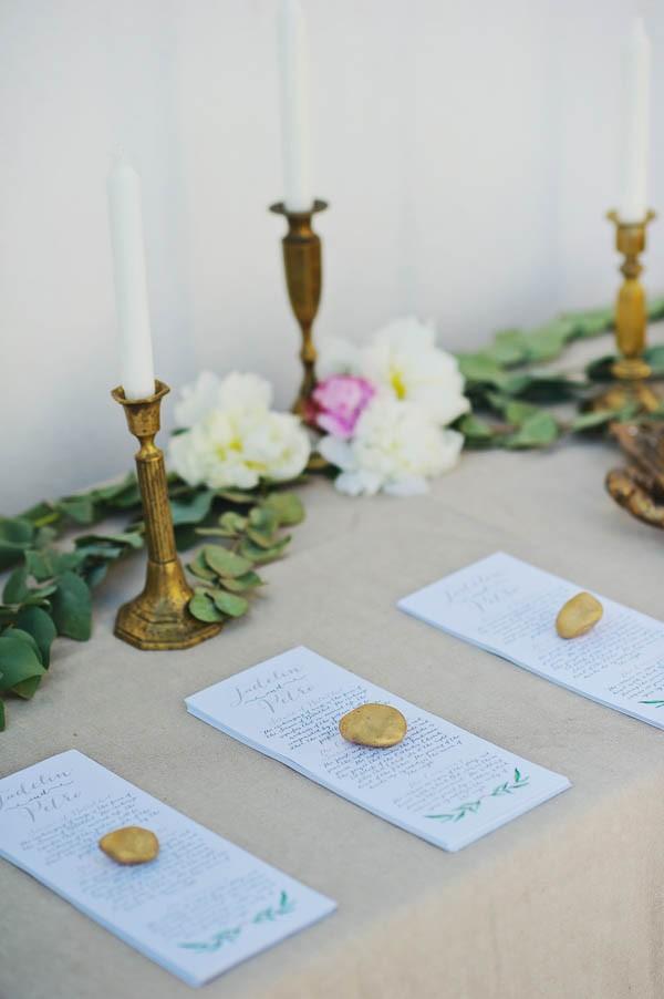 Glamorous-Santorini-Wedding-at-the-Anastasi-Church-Thanasis-Kaiafas-12