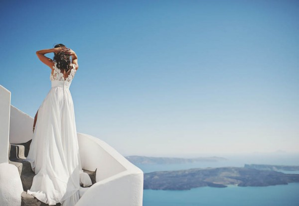 Glamorous-Santorini-Wedding-at-the-Anastasi-Church-Thanasis-Kaiafas-24
