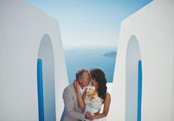 Glamorous-Santorini-Wedding-at-the-Anastasi-Church-Thanasis-Kaiafas-26