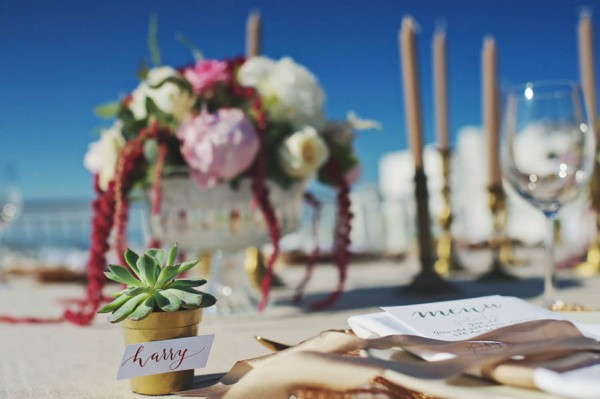 Glamorous-Santorini-Wedding-at-the-Anastasi-Church-Thanasis-Kaiafas-28