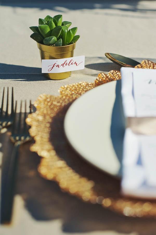 Glamorous-Santorini-Wedding-at-the-Anastasi-Church-Thanasis-Kaiafas-29