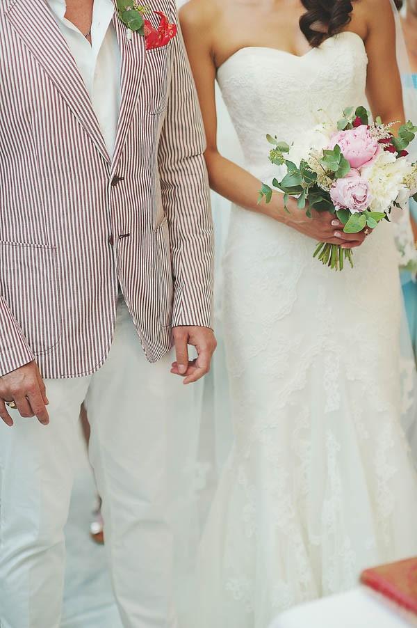 Glamorous-Santorini-Wedding-at-the-Anastasi-Church-Thanasis-Kaiafas-32