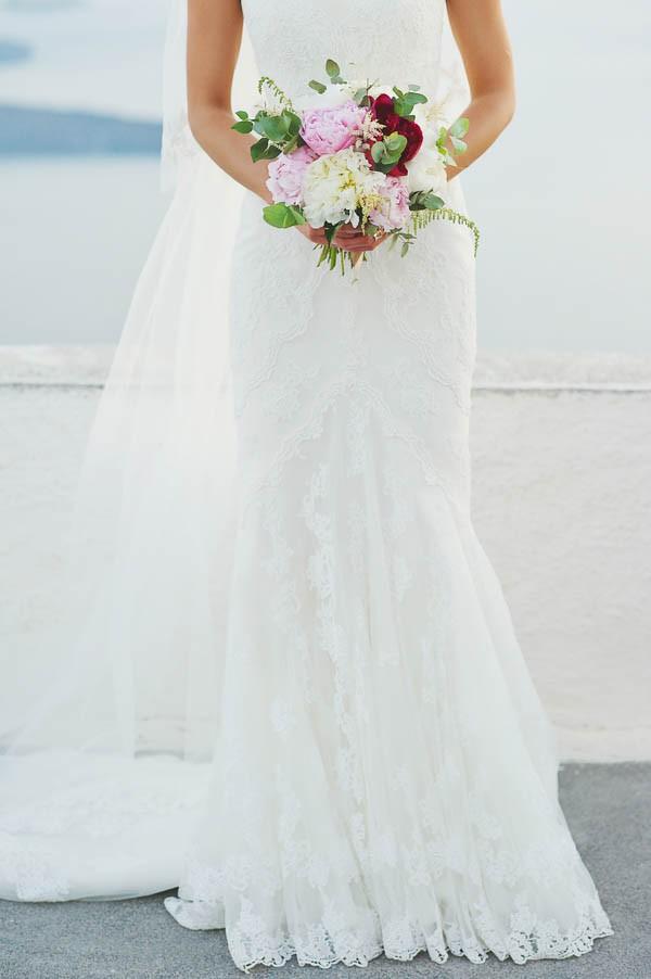 Glamorous-Santorini-Wedding-at-the-Anastasi-Church-Thanasis-Kaiafas-34