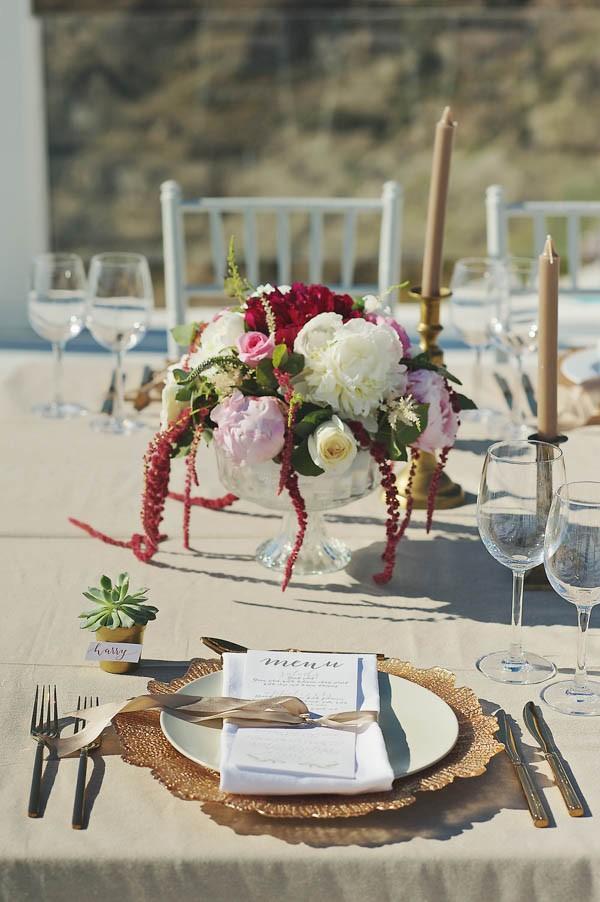 Glamorous-Santorini-Wedding-at-the-Anastasi-Church-Thanasis-Kaiafas-9