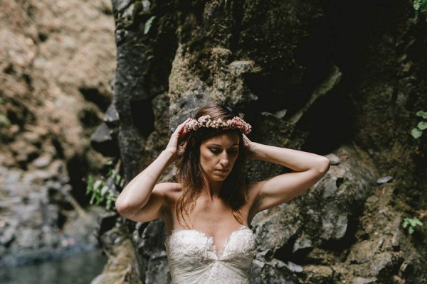 Intimate-Barefoot-Elopement-Columbia-River-Gorge-7