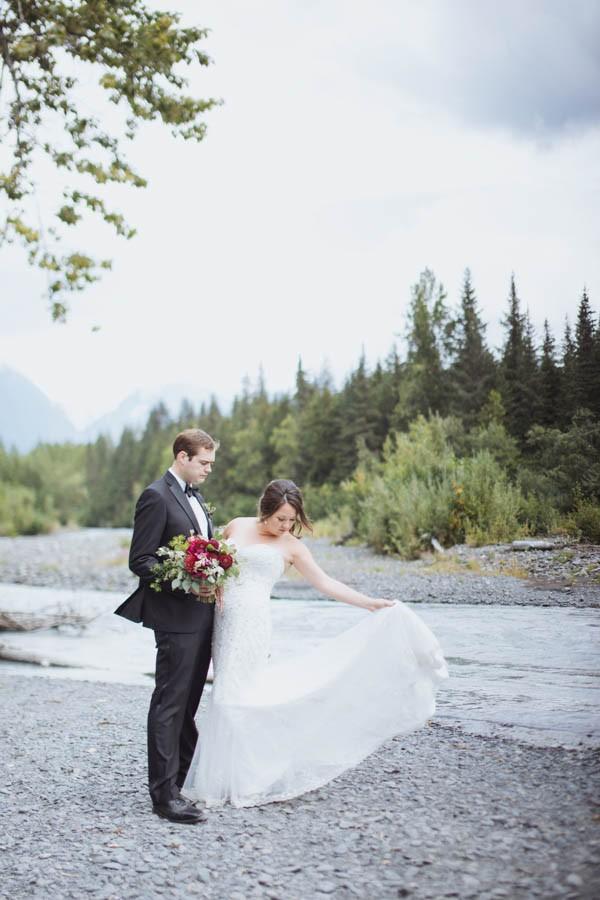 Jewel-Tone-Alaskan-Wedding-at-Crow-Creek-Mine-Blomma-Designs-10
