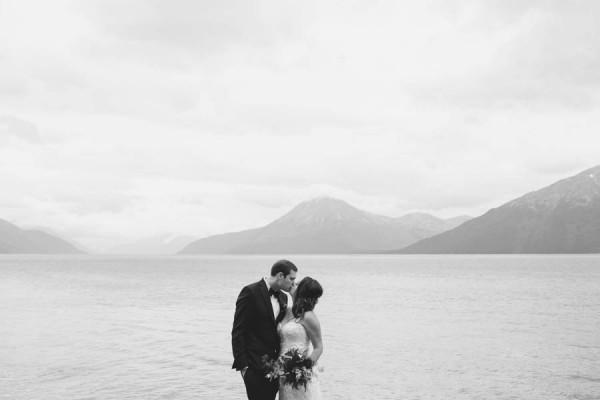 Jewel-Tone-Alaskan-Wedding-at-Crow-Creek-Mine-Blomma-Designs-13