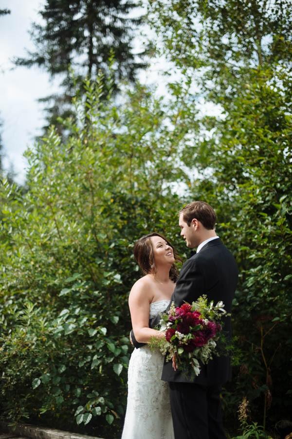 Jewel-Tone-Alaskan-Wedding-at-Crow-Creek-Mine-Blomma-Designs-3