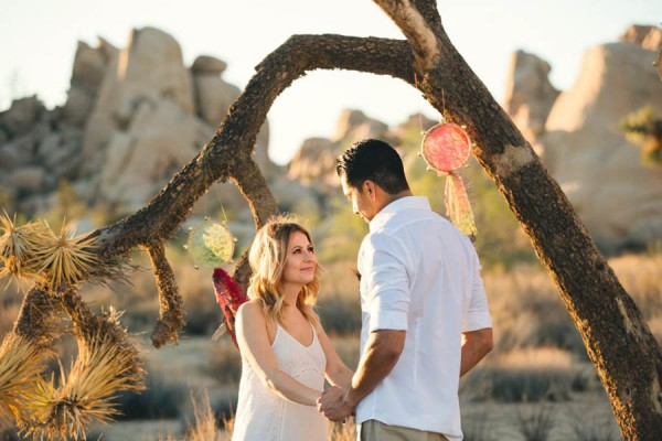 Joshua-Tree-Elopement-Inspiration-Colorful-Southwestern-Vibes-13
