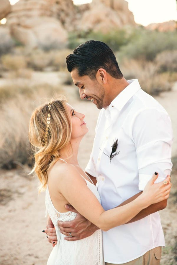 Joshua-Tree-Elopement-Inspiration-Colorful-Southwestern-Vibes-15