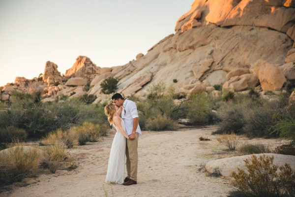 Joshua-Tree-Elopement-Inspiration-Colorful-Southwestern-Vibes-20