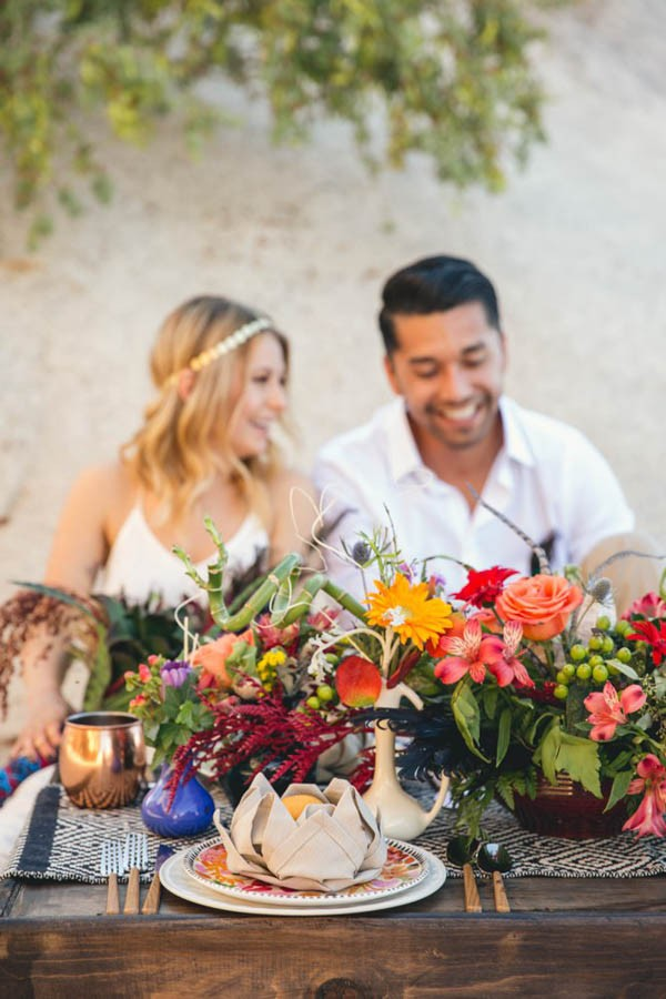 Joshua-Tree-Elopement-Inspiration-Colorful-Southwestern-Vibes-23