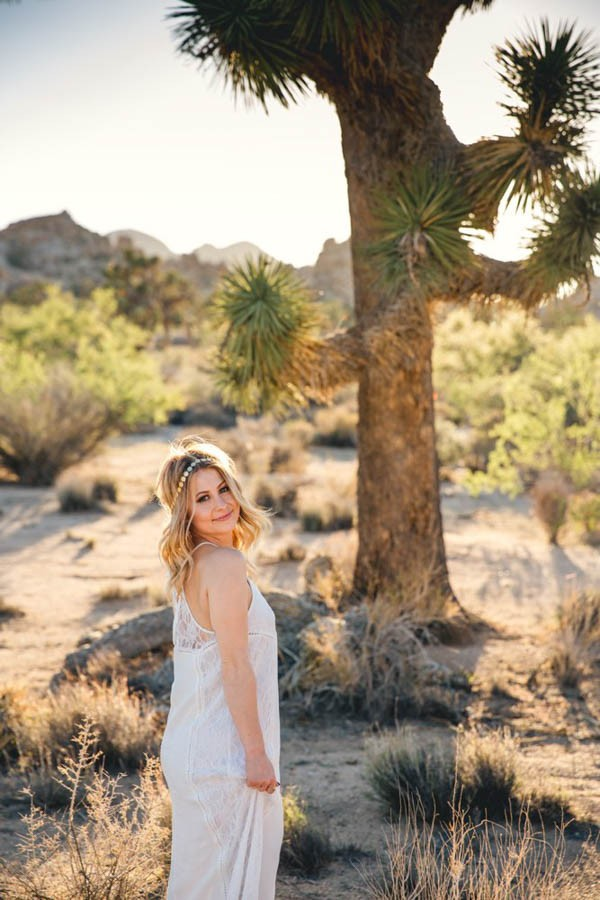 Joshua-Tree-Elopement-Inspiration-Colorful-Southwestern-Vibes-25
