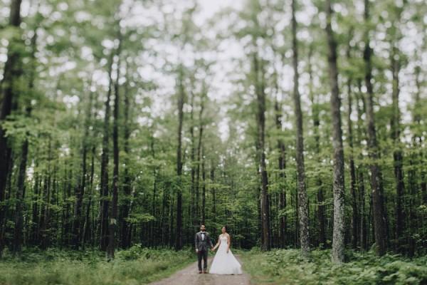 Minnesota-Woodland-Wedding-at-Juliane-James-Place-Matt-Lien-10