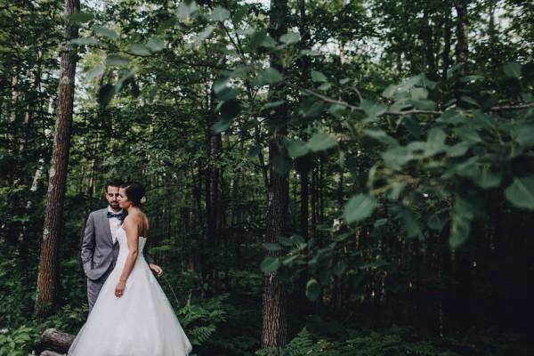 Minnesota-Woodland-Wedding-at-Juliane-James-Place-Matt-Lien-11