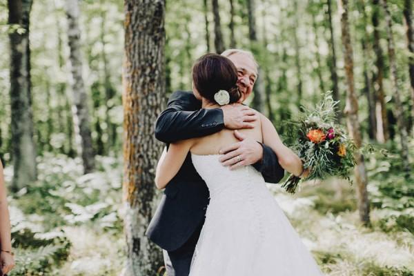 Minnesota-Woodland-Wedding-at-Juliane-James-Place-Matt-Lien-15