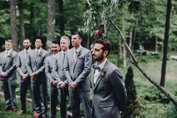 Minnesota-Woodland-Wedding-at-Juliane-James-Place-Matt-Lien-22