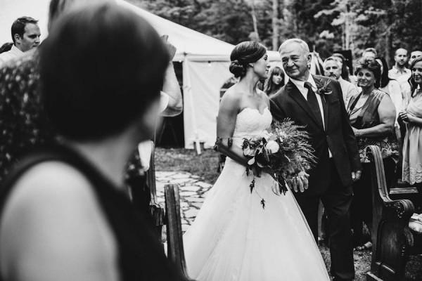 Minnesota-Woodland-Wedding-at-Juliane-James-Place-Matt-Lien-23
