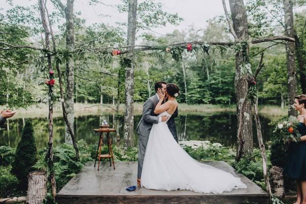 Minnesota-Woodland-Wedding-at-Juliane-James-Place-Matt-Lien-29